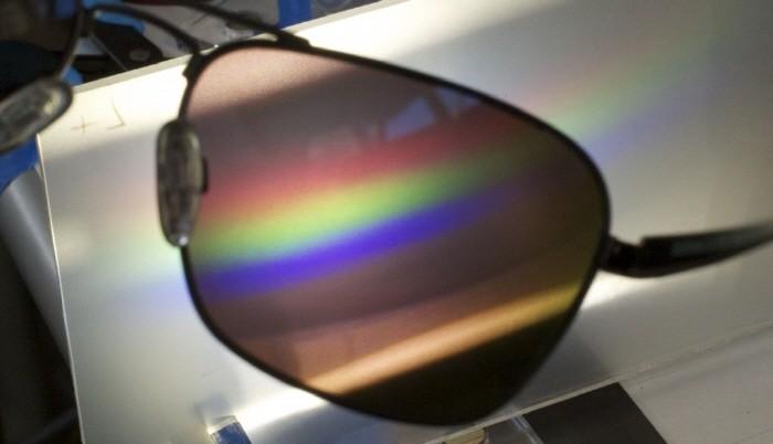 색맹을 위한 보정 안경 - 테크홀릭