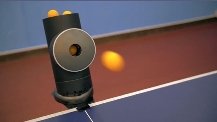 탁구 연습을 위한 스마트 로봇 - 테크홀릭